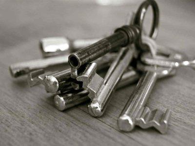 metallic keys