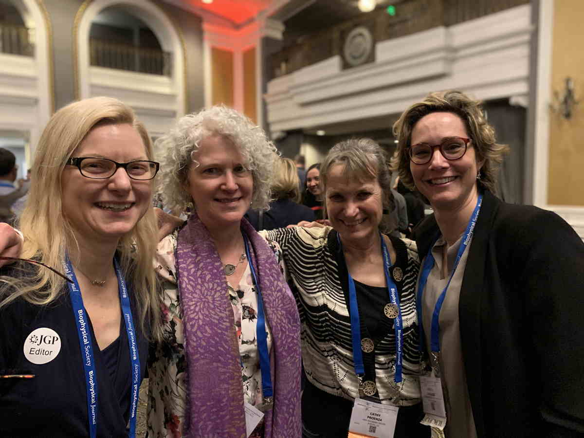 Kenneth S. Cole Award Ceremony 2019. From left to right: Andrea Meredith, Gail A. Robertson, Cathy Proenza, Teresa Giraldez.